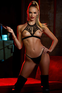 Model Emma Hix in Dungeon Desires