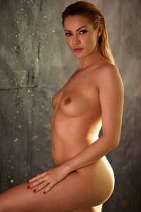 Model Cherry Kiss in All Wet For You